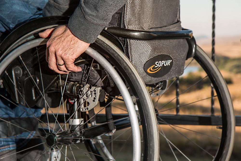 Wózek inwalidzki z poduszką przeciwodleżynową Liberty
