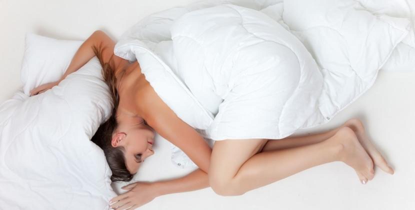 Podczas spania bardzo często zmieniamy pozycje w których się znajdujemy