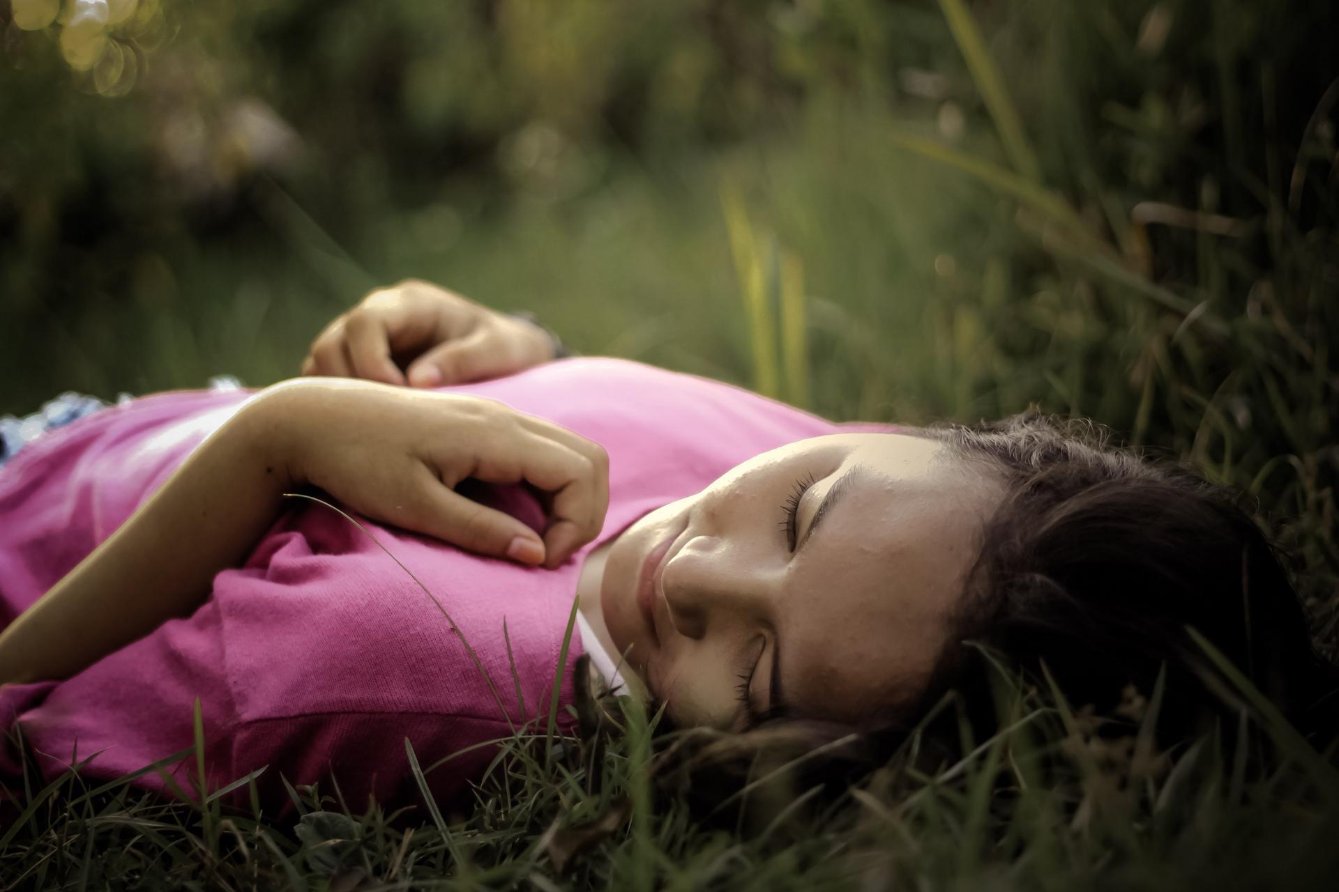 Potrzeba snu dla dziecka od 6 roku życia do czasu gdy skończy 13 może wynieść nawet 11 godzin